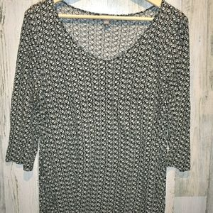 J. Jill stretch black and white patterned top